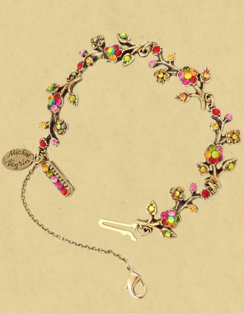 цветочное ожерелье. Михаль Негрин