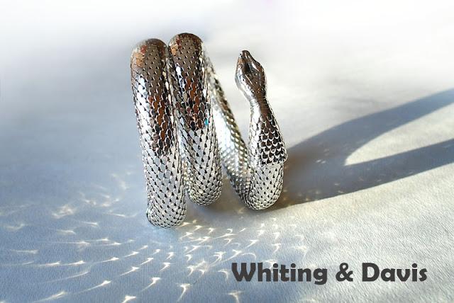 Винтажный металлический браслет в виде змеи от Whiting & Davis