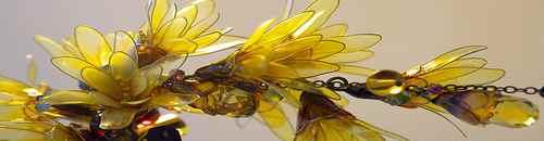 Хрупкий цветок Японии. Традиционные украшения Канзаши (заколки) от художницы Sakae